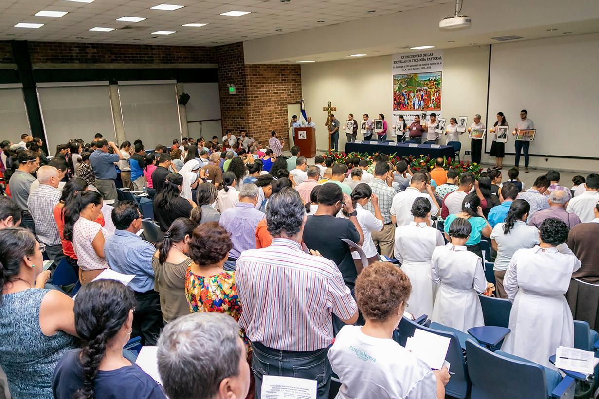 XX Encuentro de las Escuelas de Teología Pastoral en homenaje a los mártires de la UCA, El Salvador.