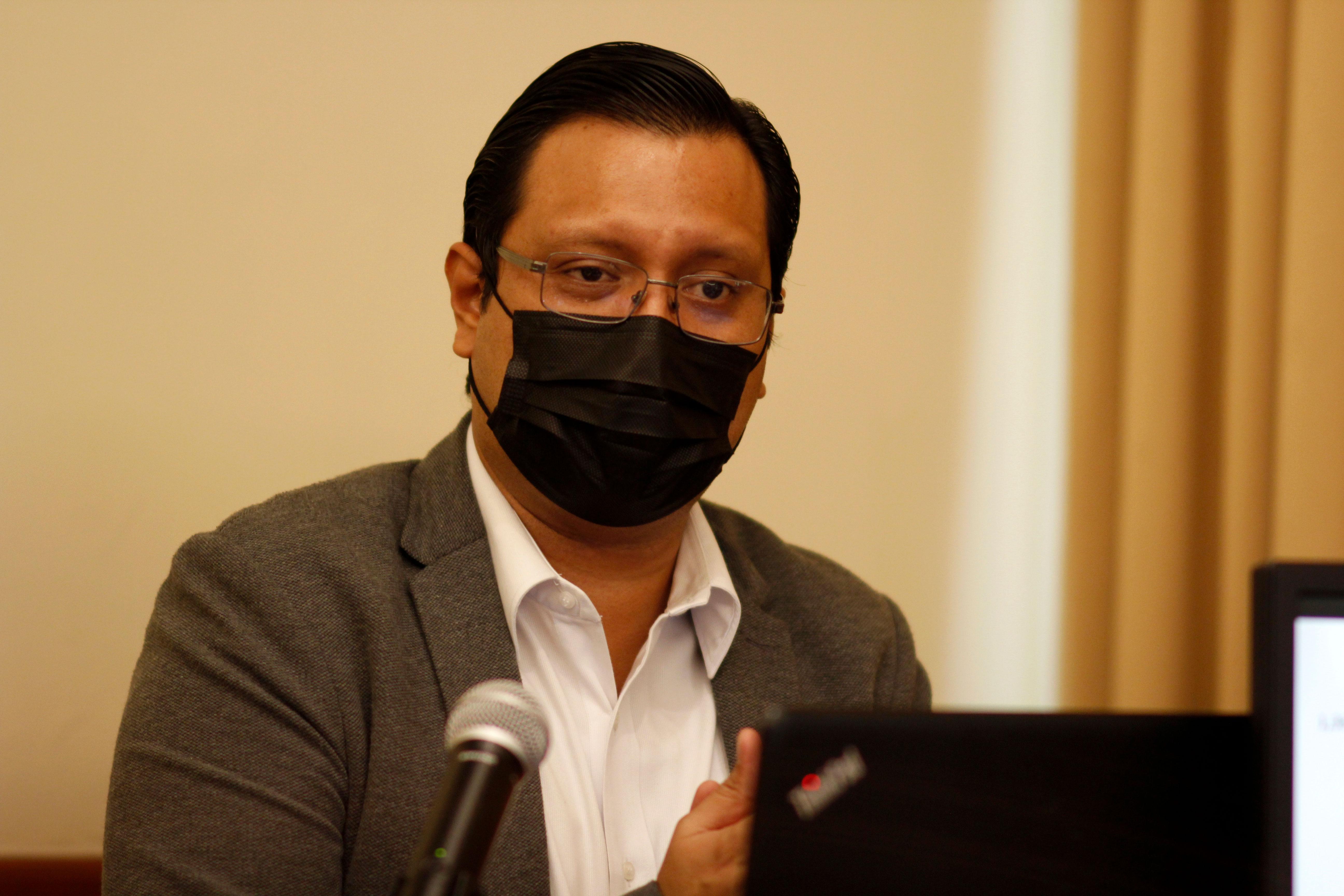 Dr. Manuel Escalante, subdirector del Idhuca y coordinador general del OUDH